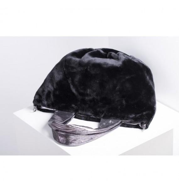 Torebka włoska ze sztucznego futra czarna