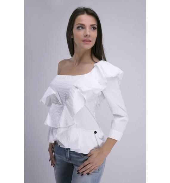 Bluzka biała o asymetrycznym dekolcie