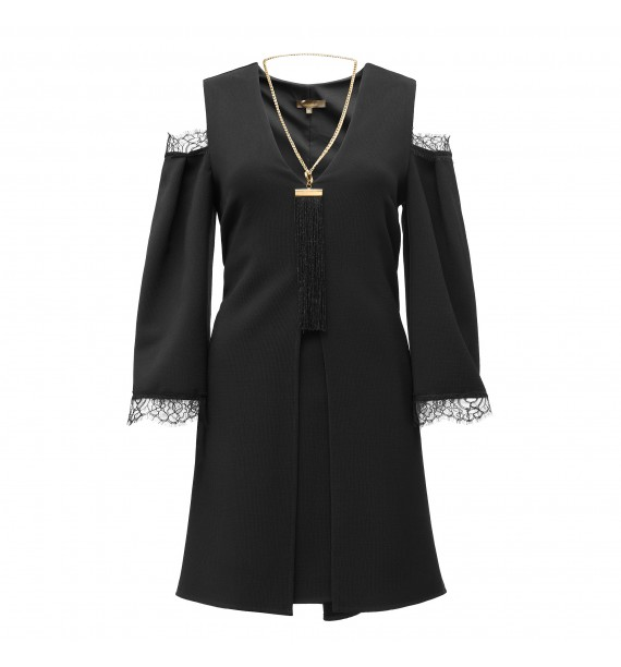 Sukienka czarna krótka z koronką i kieszeniami