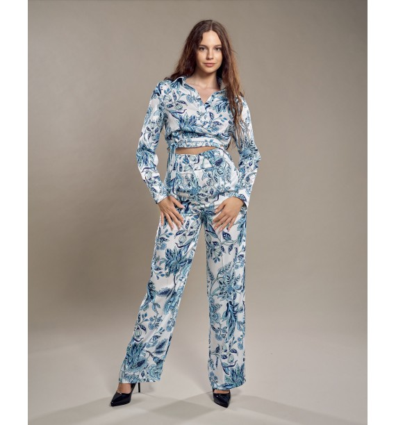 Komplet damski bluzka ze spodniami błękitny